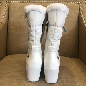 Anne Klein Sport Shoes - New AK SPORT Winter boots felt lined